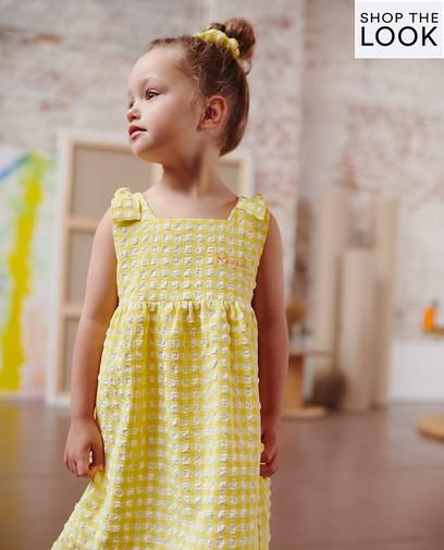 Speels in zacht geel